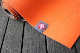 yogamat oranje